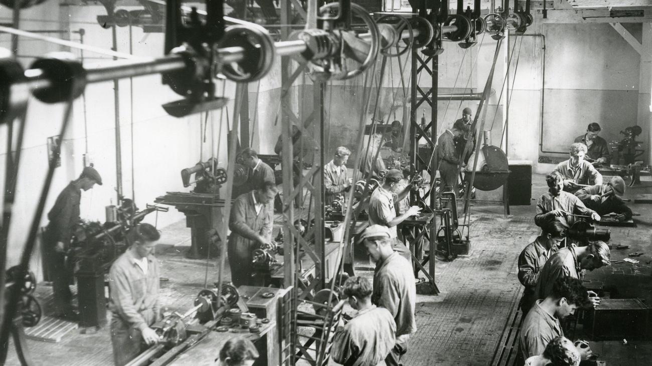 Arbeiter in der metallverarbeitenden Industrie, 1934. © ÖGB