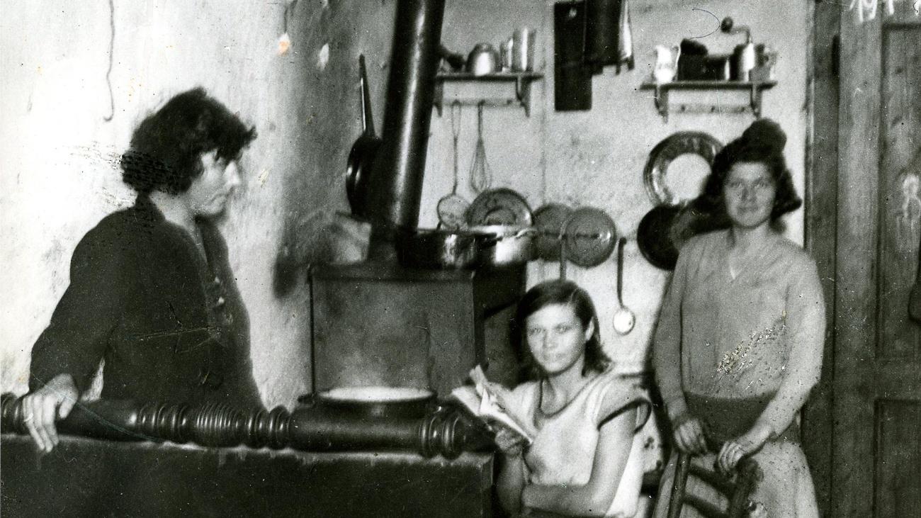 Familie in einem Elendsquartier, 1930er Jahre © ÖGB