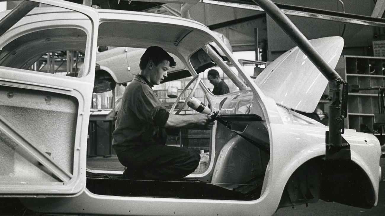 Autoherstellung bei Steyr-Daimler-Puch in Graz, 1962 © ÖGB